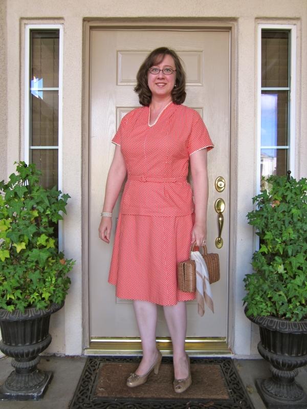 Polka dot top and skirt, 1940s styling