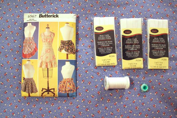 Butterick 6567 was already in my stash. I bought a reproduction 1930s quilt fabric to make it.